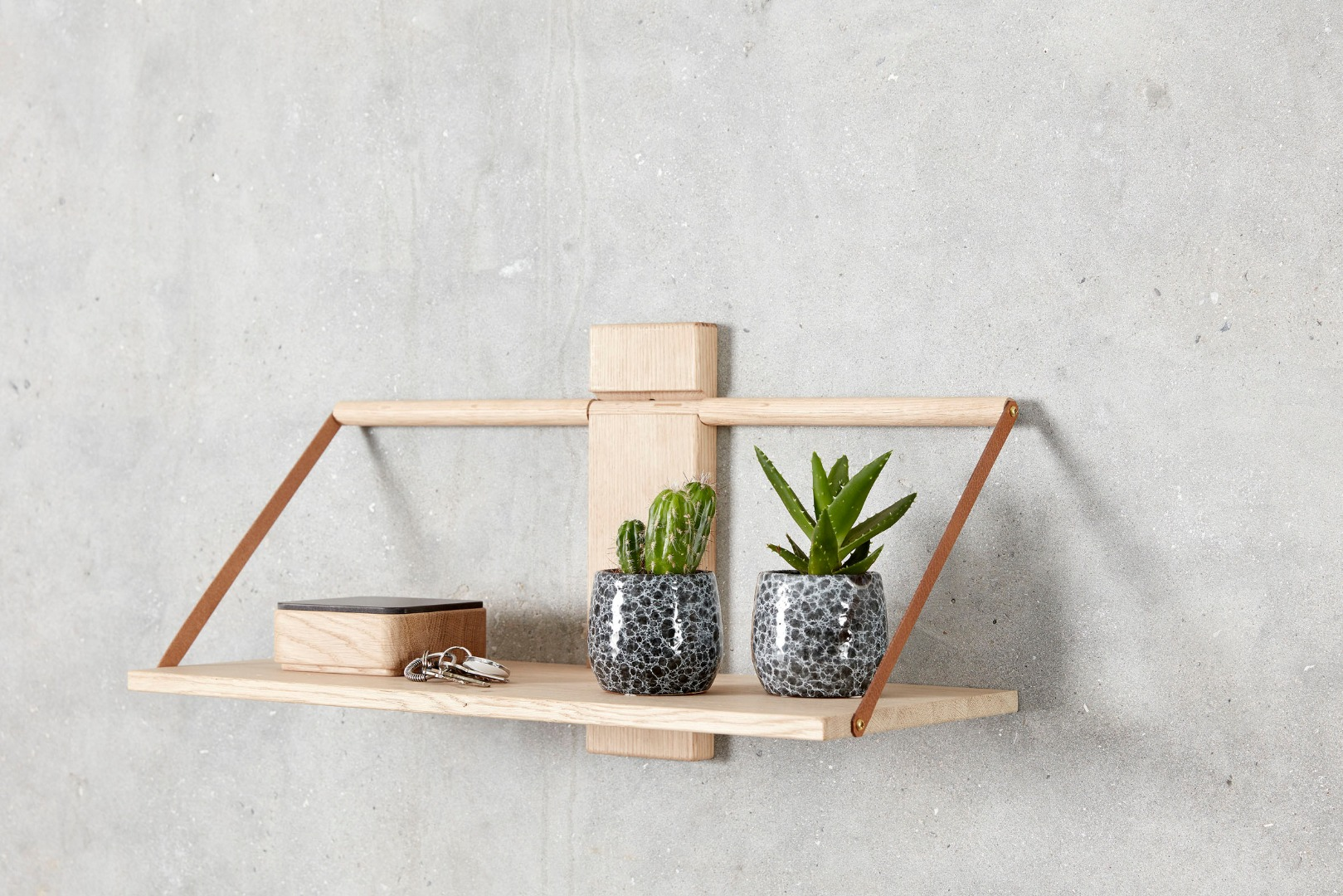 shelf-wood-wall-2.jpg