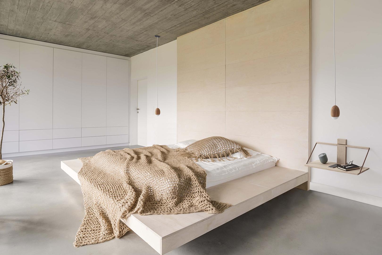 shelf-wood-wall-galleri.jpg