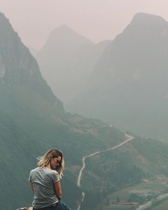 The haze around Ha Giang Loop makes photography challenging... but in person, everything is just mystical. ☁️