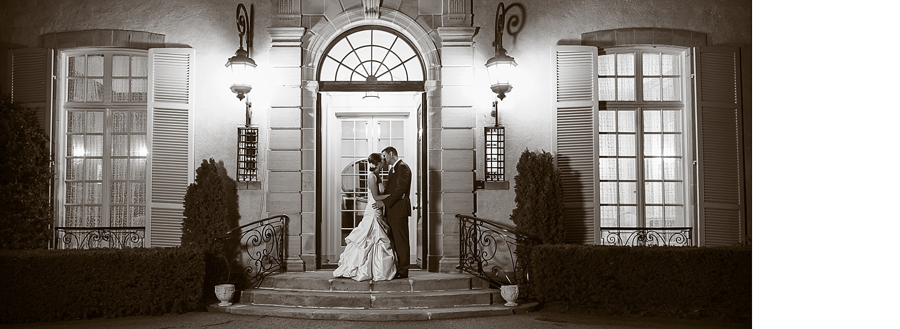 spread15_Wedding Album_Glen Manor RI  WEB.jpg