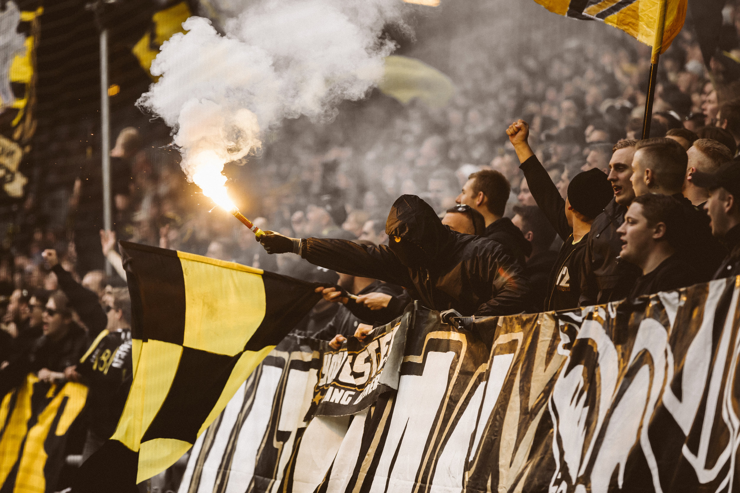 + PROJECTS +SOCCERBIBLE X AIK - I was sent out by the great SOCCERBIBLE to catchthe vibes of a great game day with the legendarySwedish soccer team AIK.Check out the article they did right here.+ Posted April 2018 +