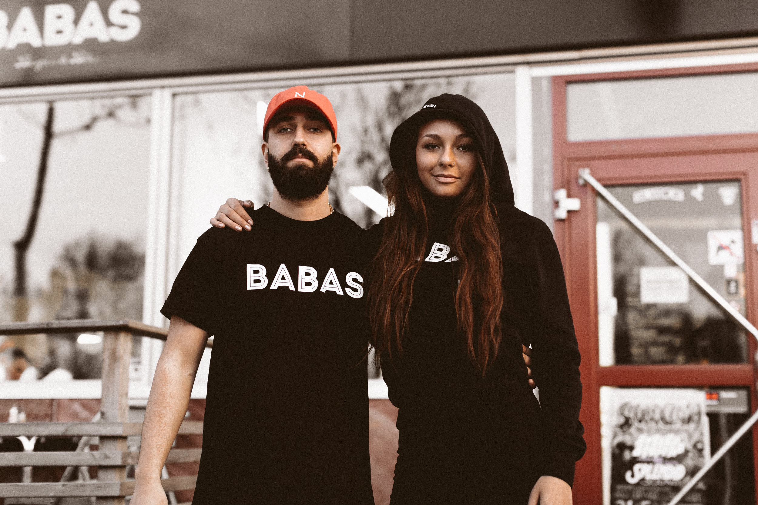 + PROJECTS +BABAS X NEW BLACK - The legendary burger place BABAS has made a collab with the Swedish street wear brand NEW BLACK. So now you will be able to buy tees & Hoodies at BABAS in Högdalen made by NEW BLACK. And it's a limited edition so hurry up and buy before they are gone. But first don't forget to check out them shots.+ Posted May 2019 +