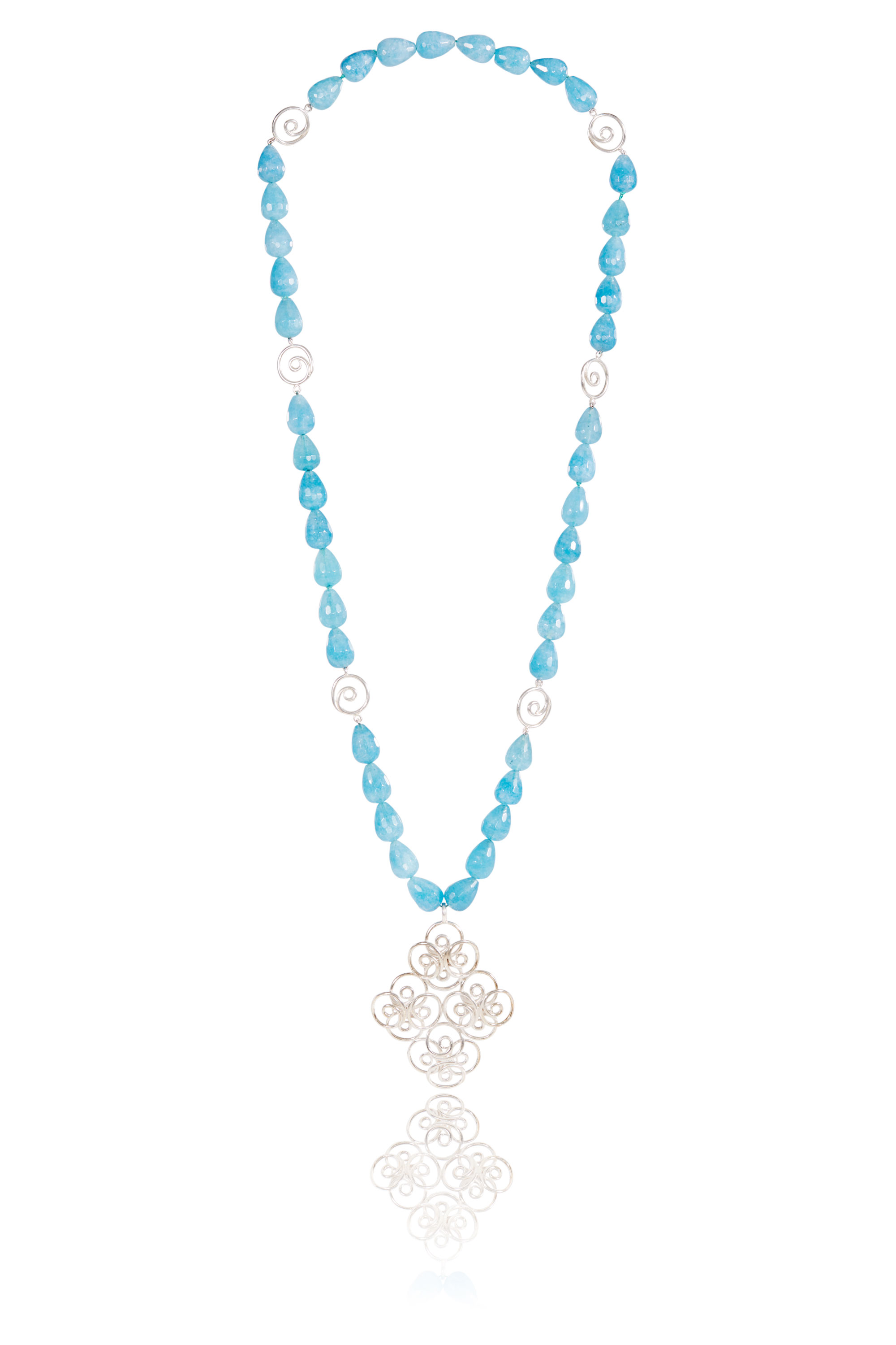 07_Silver_Filigree_Blue_Kyanite_Necklace_Low_Res_2000px_sRGB.jpg