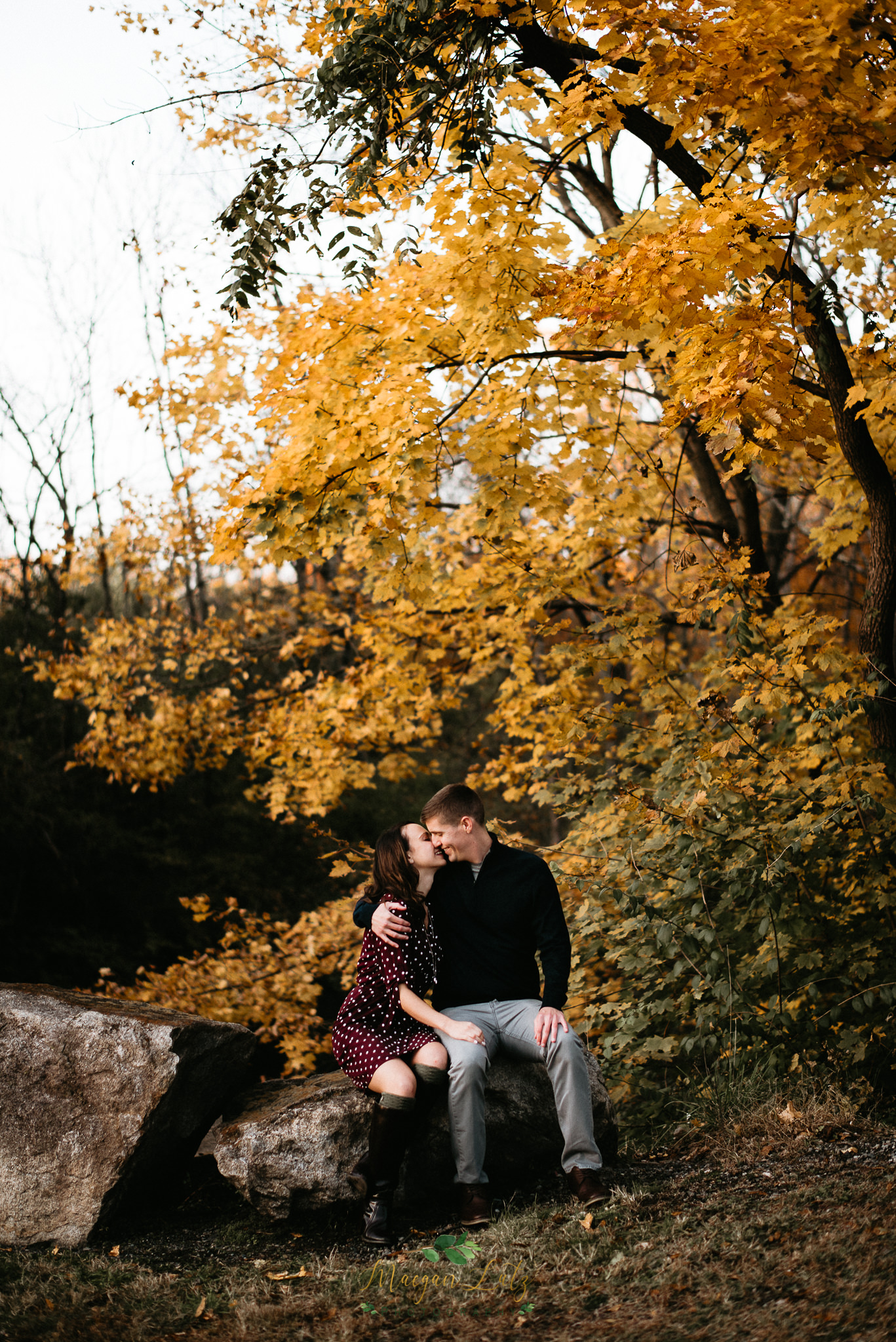 Eastern-PA-wedding-engagement-photographer-Lock-Ridge-Park-Alburtis-PA-23.jpg