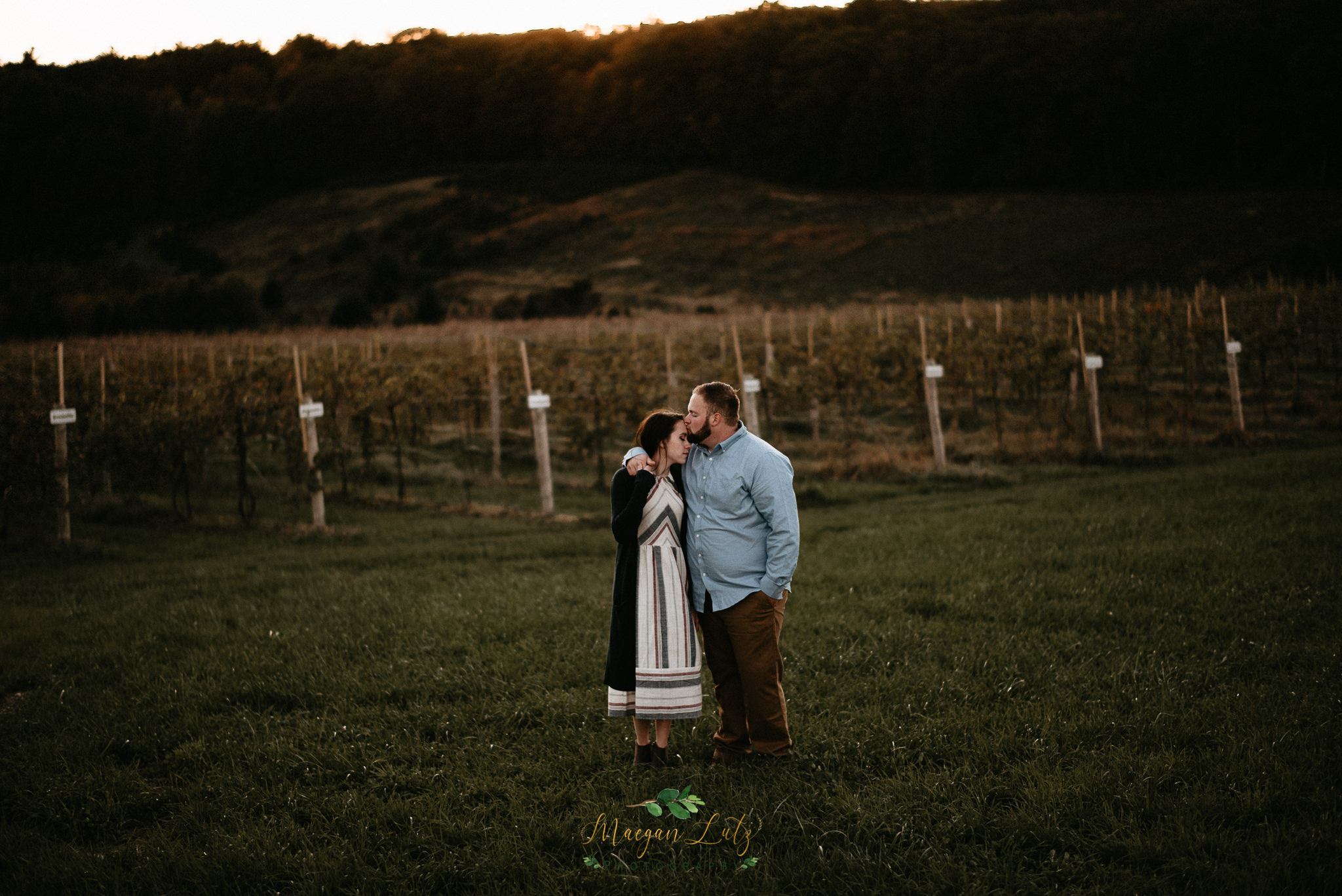 Poconos-NEPA-Wedding-Engagement-Photographer-session-at-Blue-Ridge-Estate-Vineyard-Winery-23.jpg