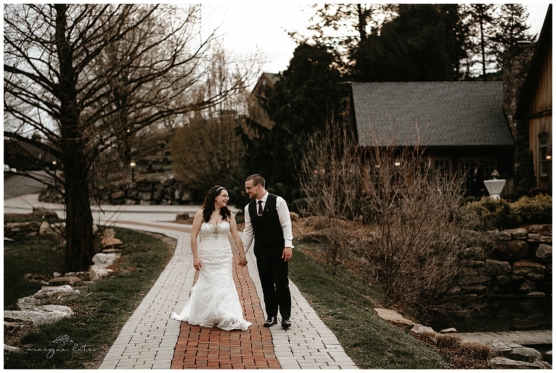 NEPA-wedding-photographer-at-the-glasbern-inn-fogelsvilles-pa_0022.jpg