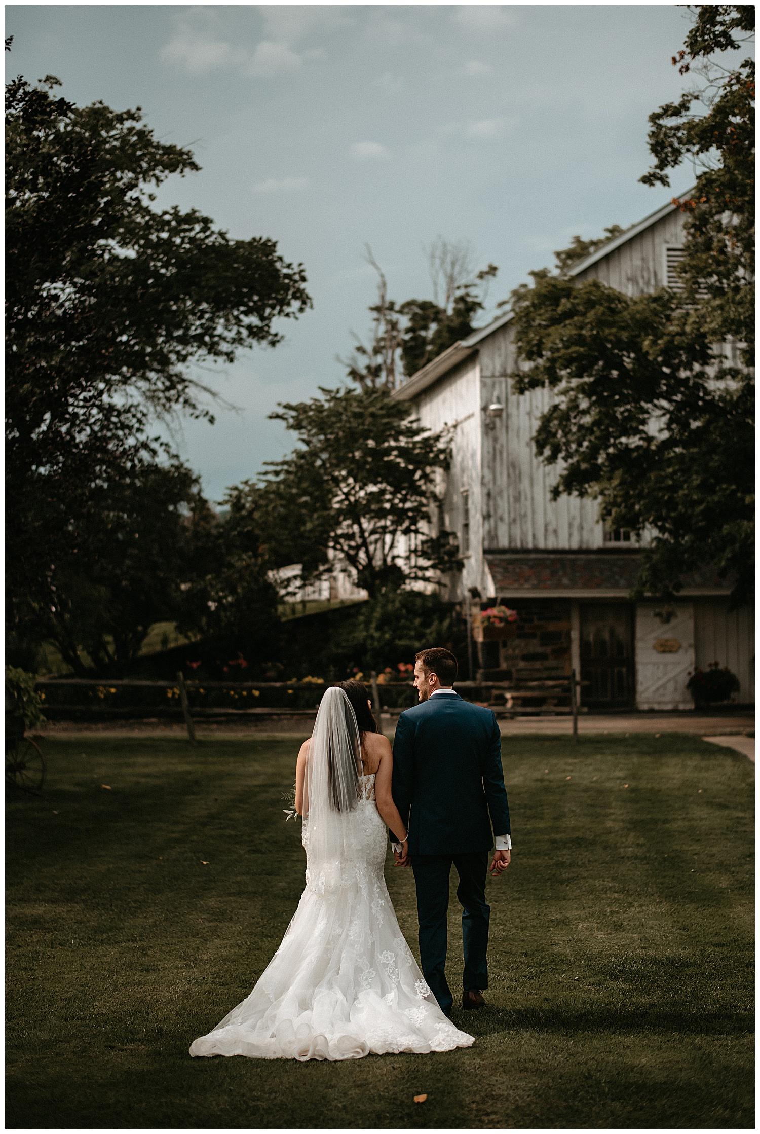 NEPA-Bloomsburg-Wedding-Photographer-at-The-Barn-at-Boones-Dam-Bloomsburg-PA_0075.jpg
