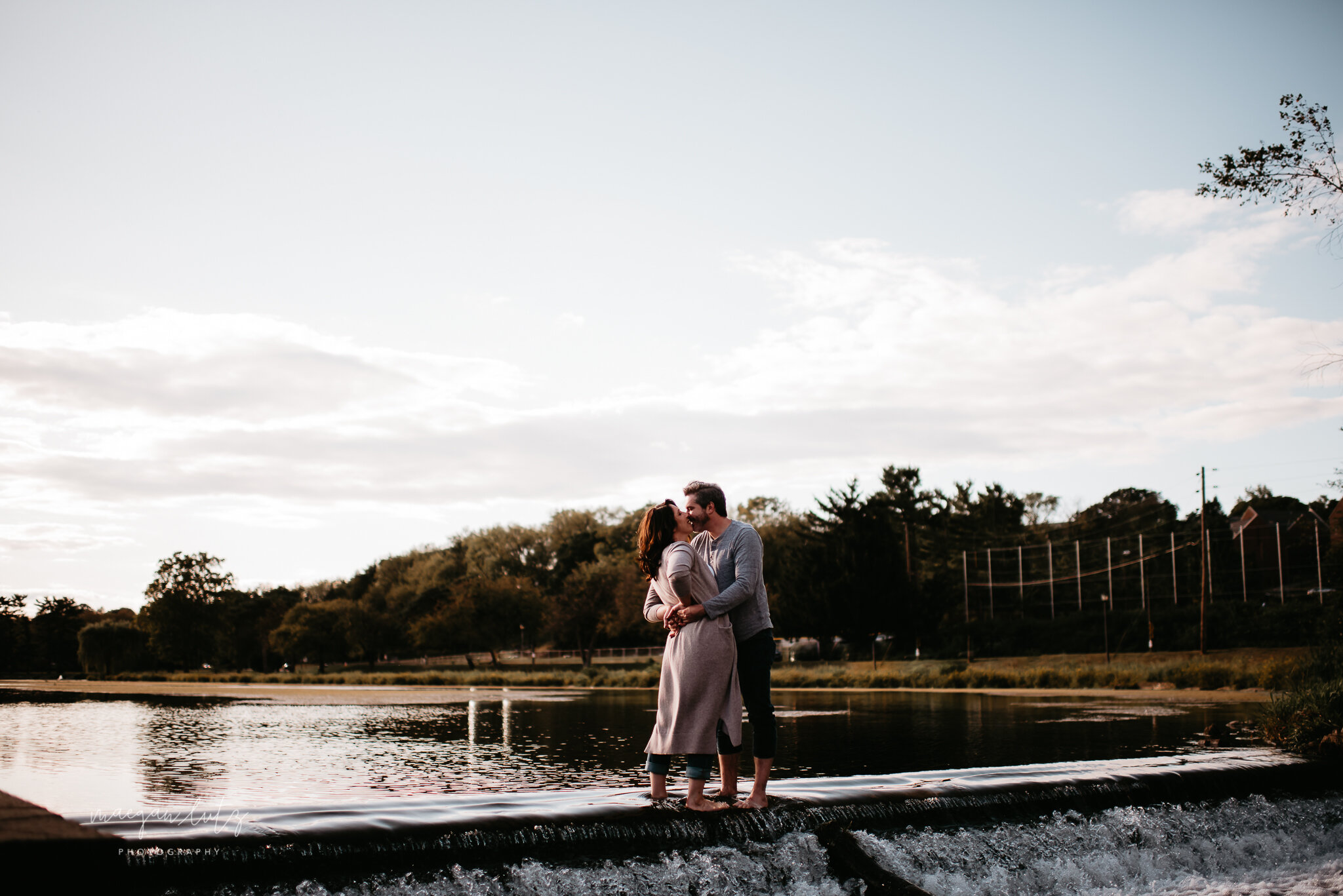 NEPA-Lehigh-Valley-Wedding-Engagement-photographer-at-the-rose-garden-allentown-PA-8.jpg