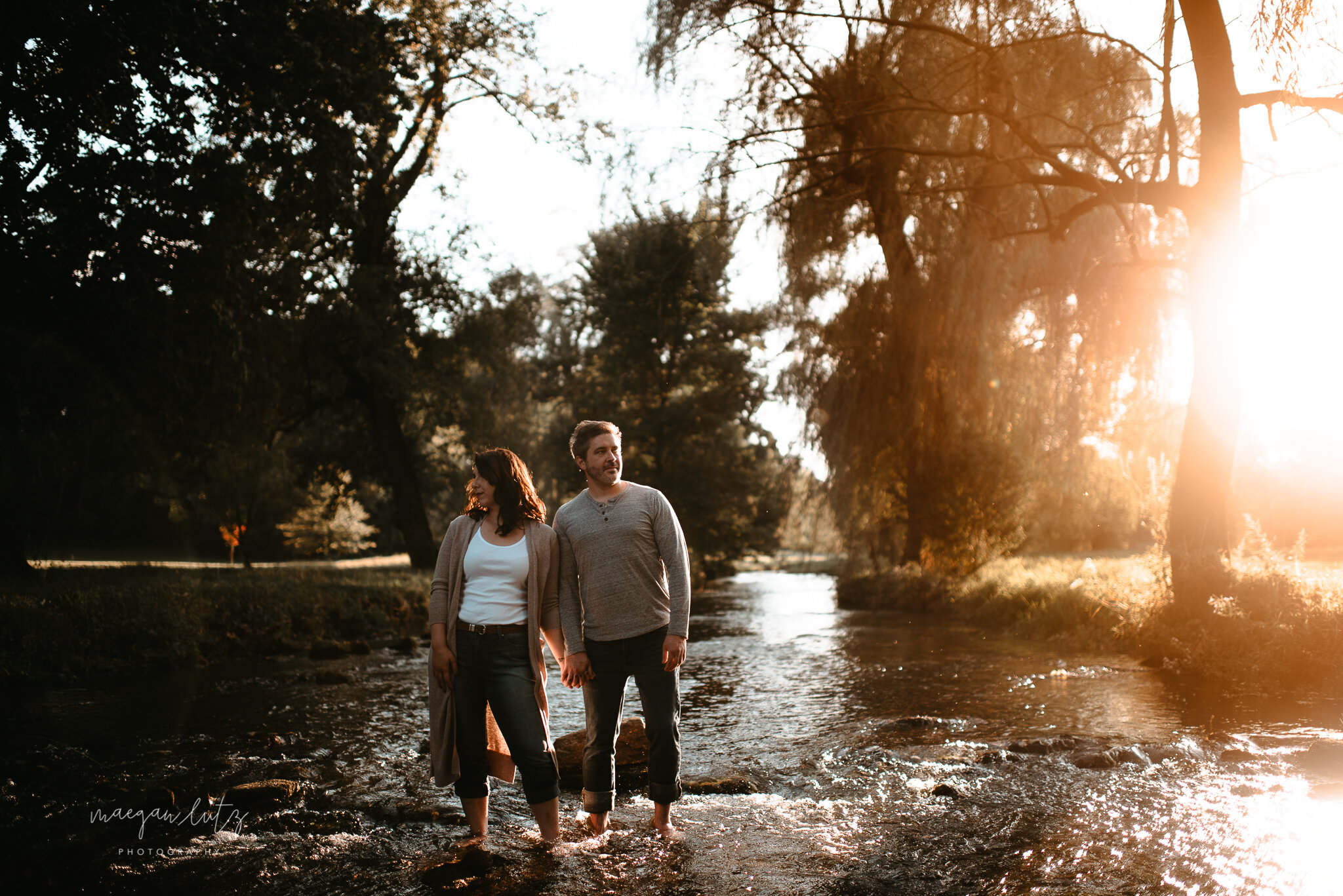 NEPA-Lehigh-Valley-Wedding-Engagement-photographer-at-the-rose-garden-allentown-PA-17.jpg