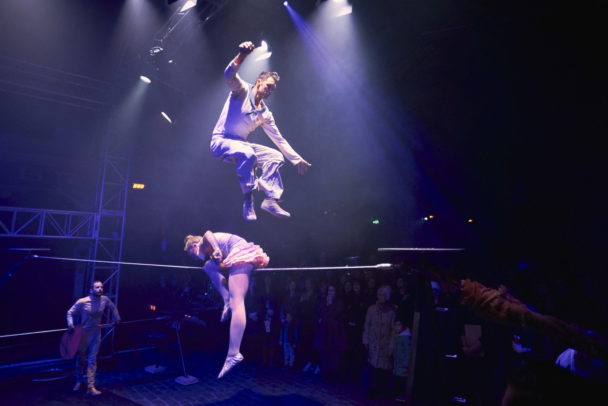 CircusOz2019_Wunderage_DylanSingh_JessMcCrindle_LachyShelley_PhotographyAaronWalker021.jpg