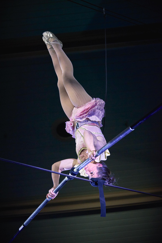CircusOz2019_Wunderage_JessMcCrindle_PhotographyAaronWalker_051.jpg