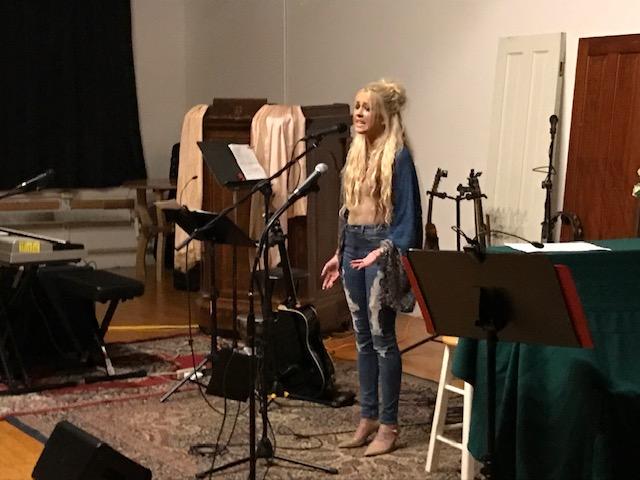 10.10.2018 - Stephanie Collins