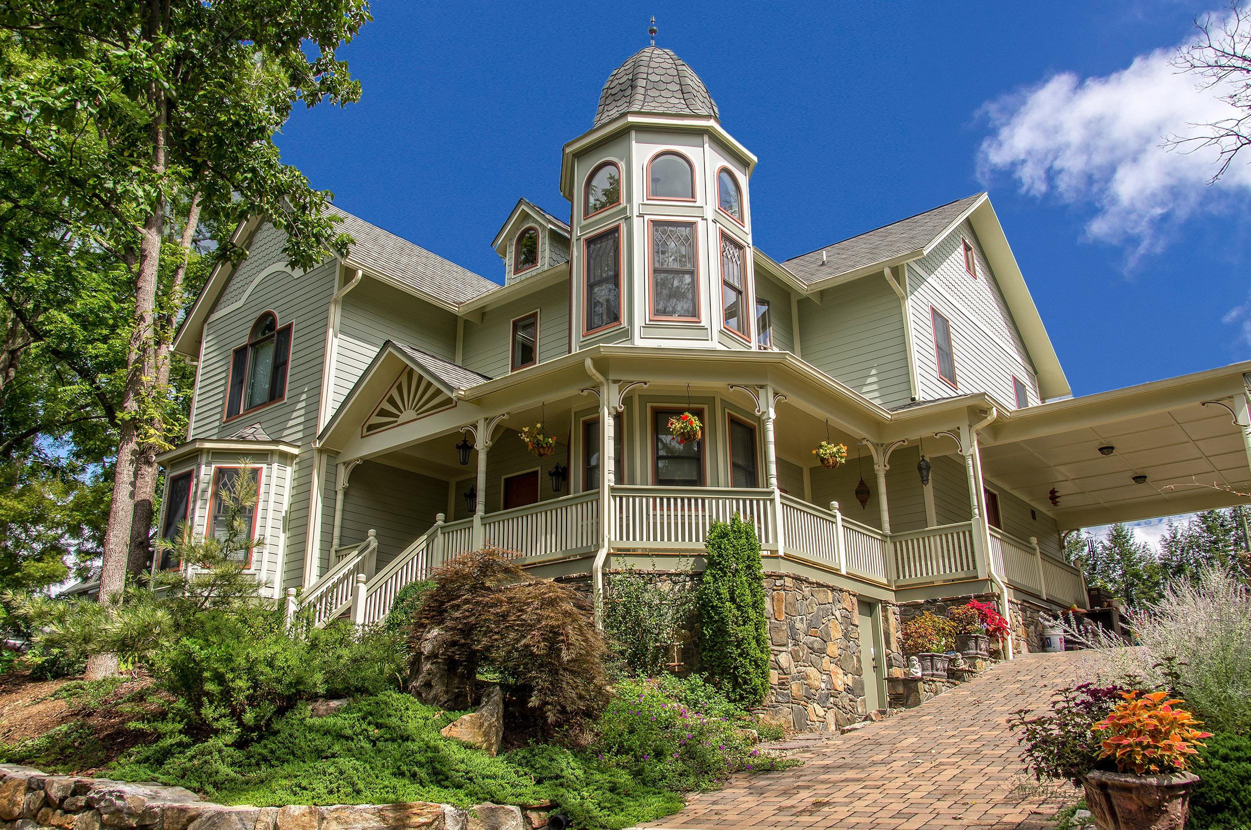 Montford Victorian