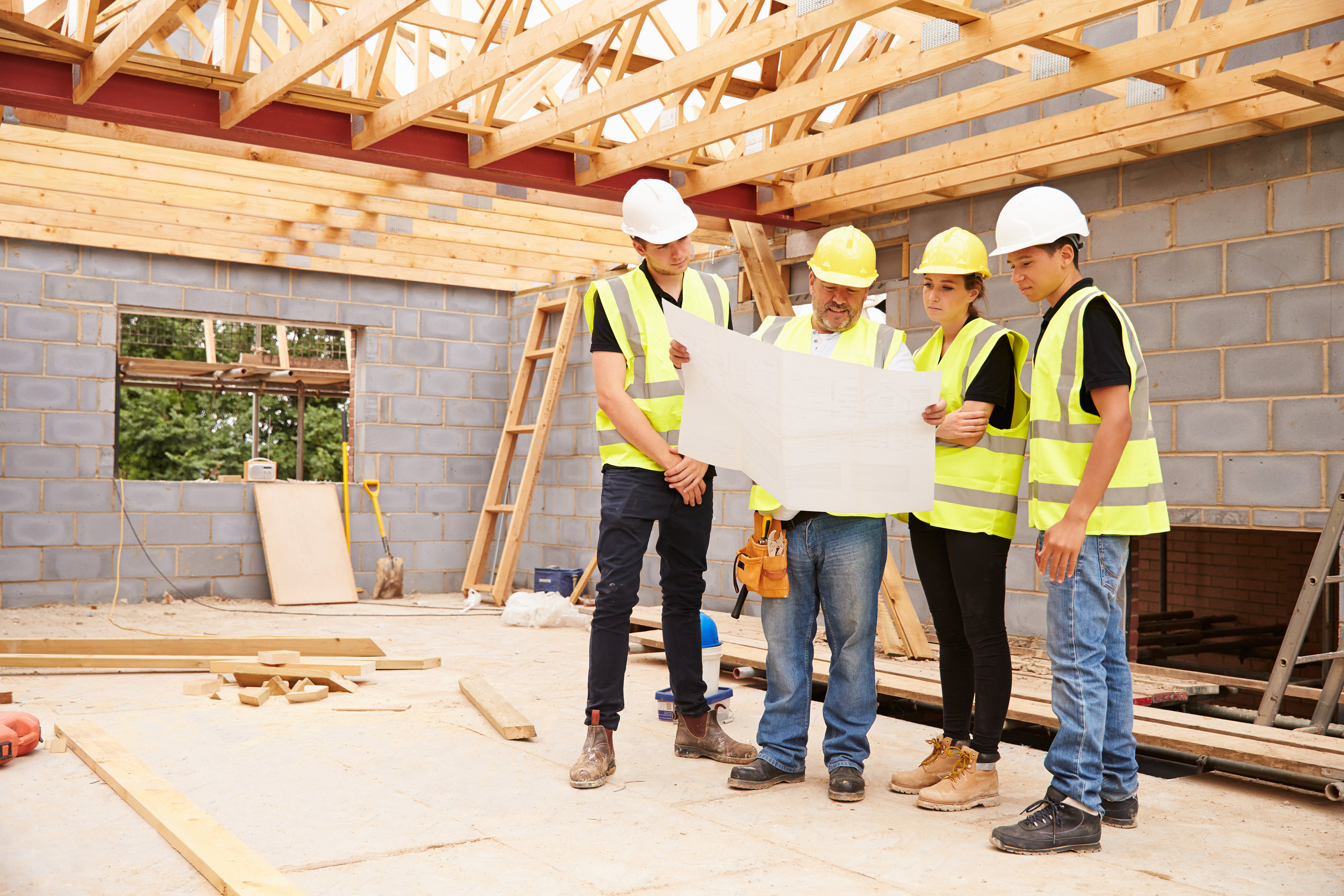 6 Essential Questions to Ask Before Hiring a Home Builder
