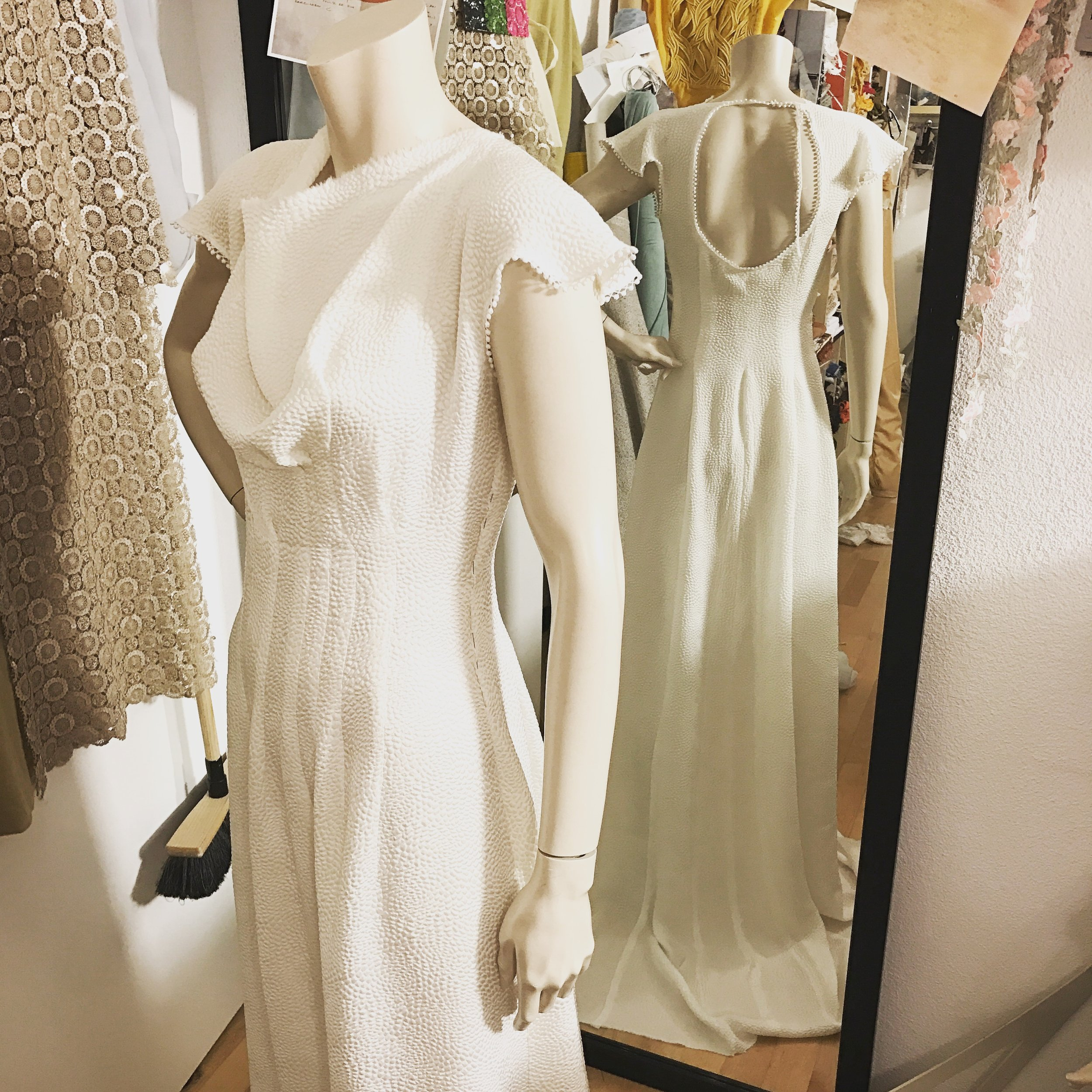 weddingdress_2017_silk_seamIMG_5354.JPG