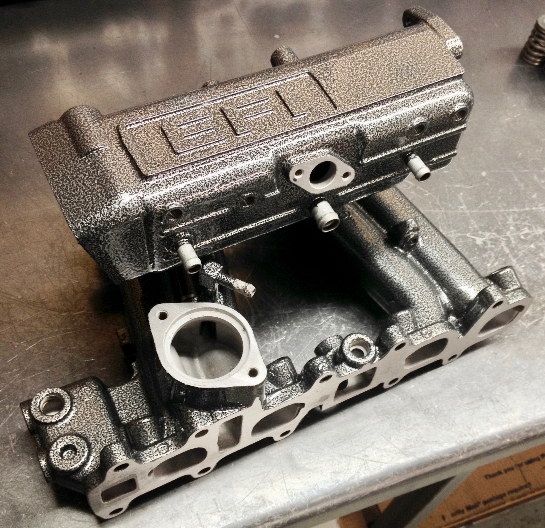 intake manifolds — 22RE Performance