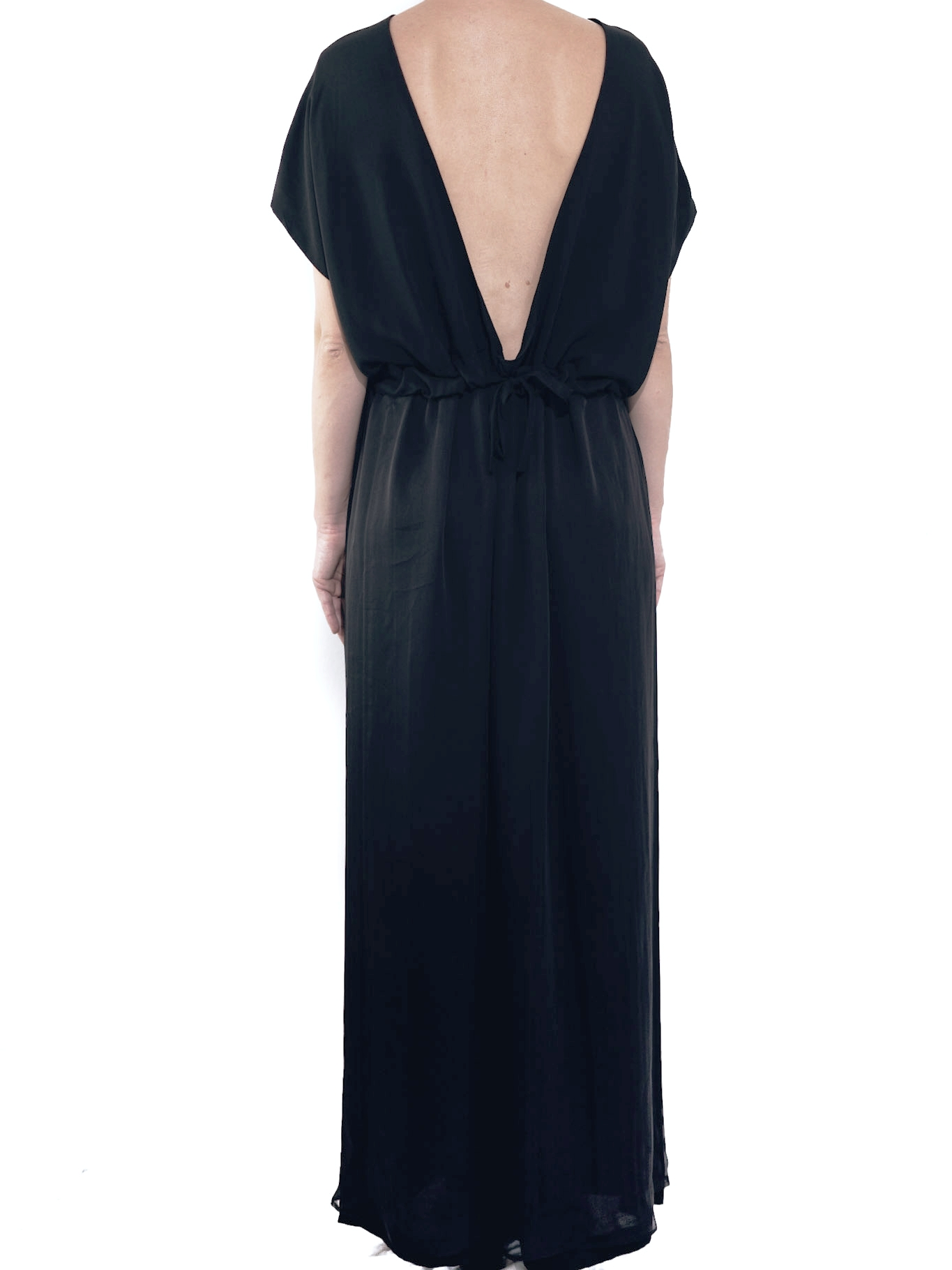 19.0.16 - DRESS : LARGE  FABRIC: 100% VISCOSE & 100% SILK  SIZE: U  COLOR: BLACK / BLACK & WHITE