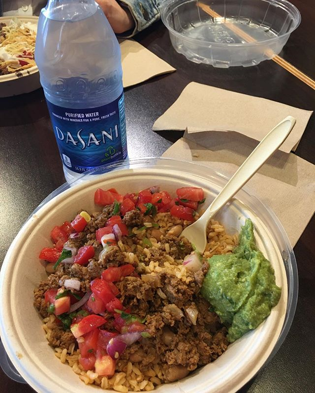 Qdoba has Impossible Bowls!!! Yum I'm so happy!! . . . #plantbased #qdoba #happy #lunchtime #tasty #vegan #food #imfull #getsome