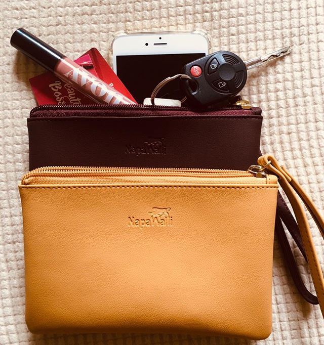 YAY!  Just got my cute little bags from NapaWalli.  Holds your phone, keys, lipstick and cards!  Vegan leather! . . . #veganleather #vegan #fashionable #practical #cute #purse #colors #love #fauxleather #nomoreleather #takethefake #avonrep #pnw #thatsdarling #plum #mustard #accessories