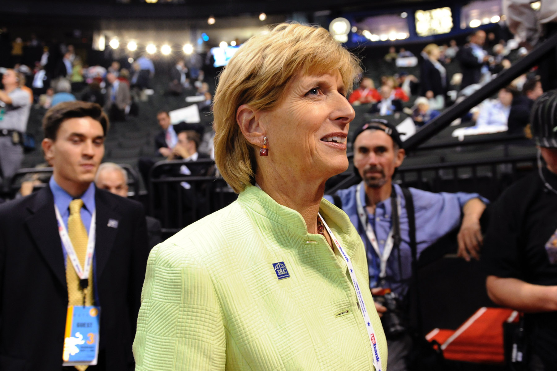 Former Environmental Protection Agency Administrator Christine Todd Whitman walks on the floor of the Republican National Convention in St. Paul, Minn., Wednesday, Sept. 3, 2008. Photo: Susan Walsh / AP