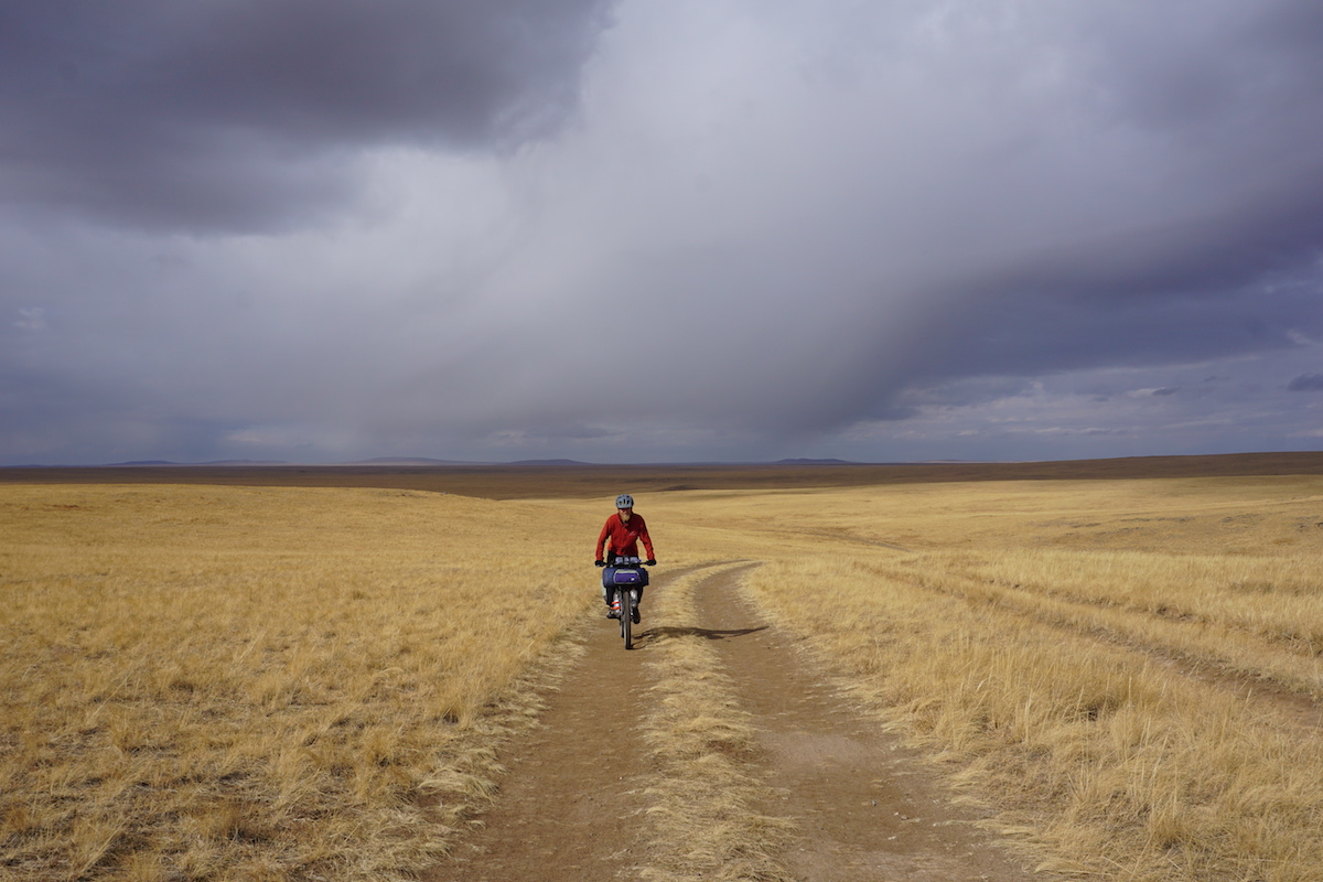 Riding-Mongolia.JPG