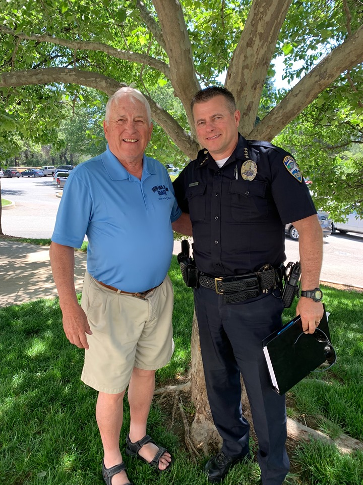 Tournament Chairman, Ron Wooley with Police Chief, Roger Moore   Chief Moore spoke to our members at our May meeting held at Tierra Oaks summarizing the positive & negative aspects of the issues facing the Redding Police Department.