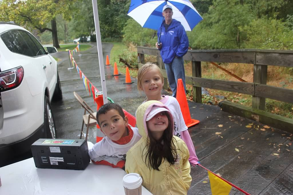 finish line helpers.jpg