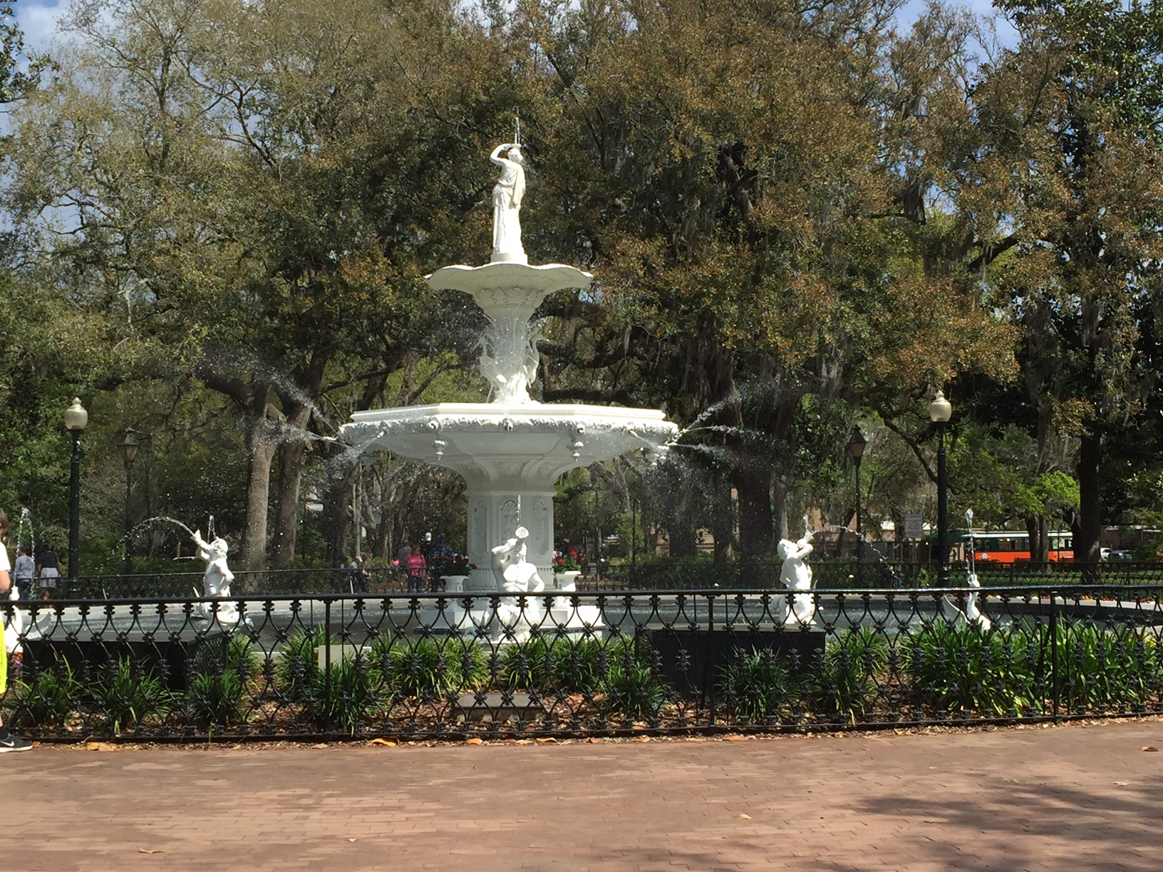 fountain-forsyth-park.JPG