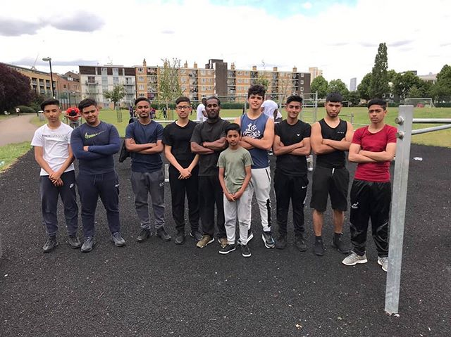 Great to see @g5_barstarz down at the gym motivating lots of young people. Keep up the good work! 💪 #antiknifecrime #training #fitness #fitnessmotivation #fitfam #getfit #poplar #calisthenics #bars #steelwarriors