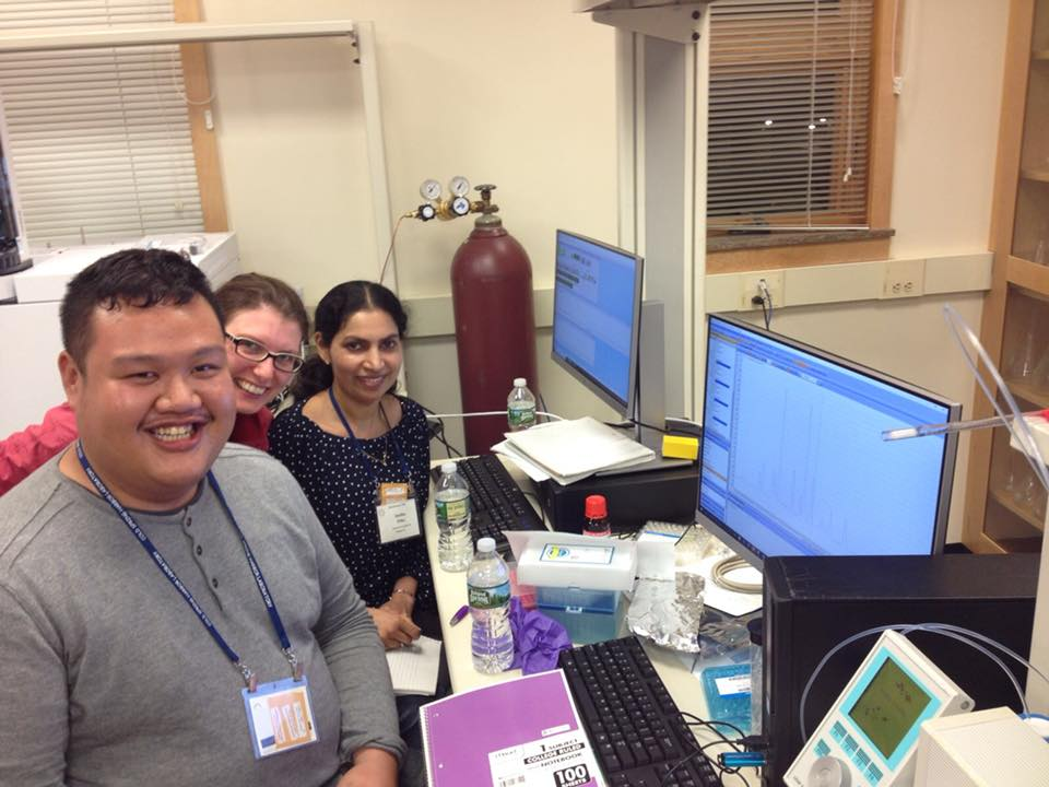 Felix with fellow coursemates Karin Mitosch and Smitha Pillai getting hands-on practice at operating and analyzing liquid chromatography.