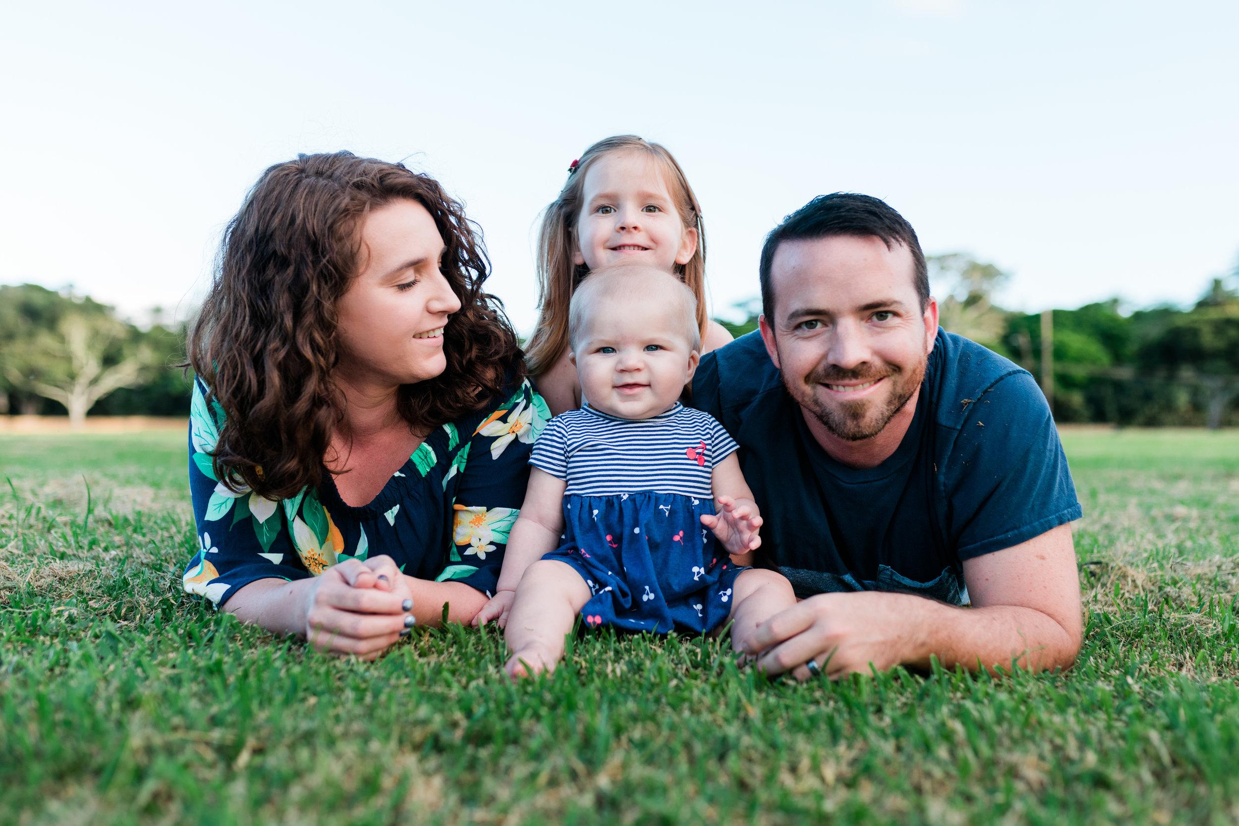 2018-12-02 Legue with Elle Family Photos Haleiwa-24.jpg