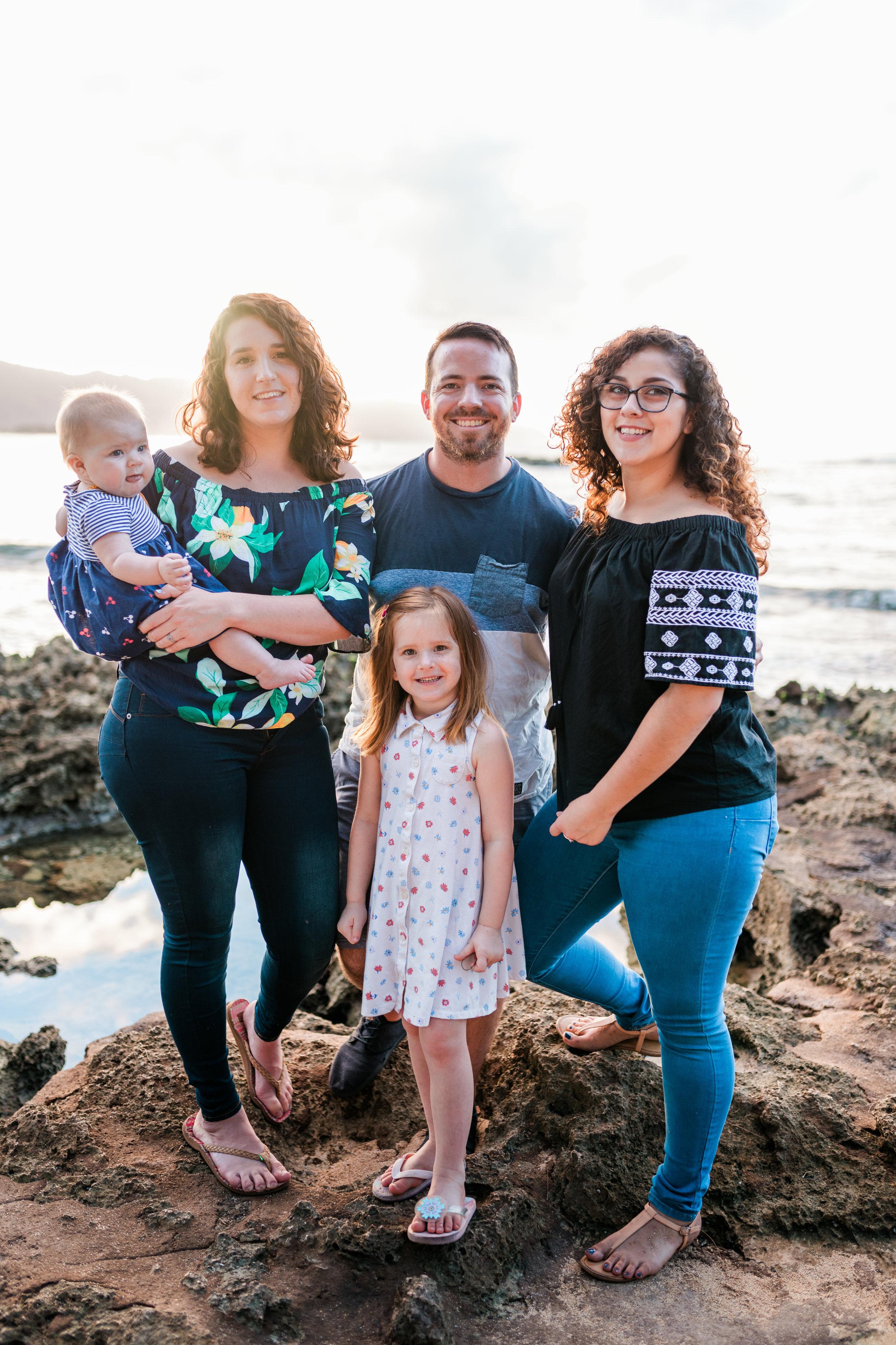 2018-12-02 Legue with Elle Family Photos Haleiwa-61.jpg