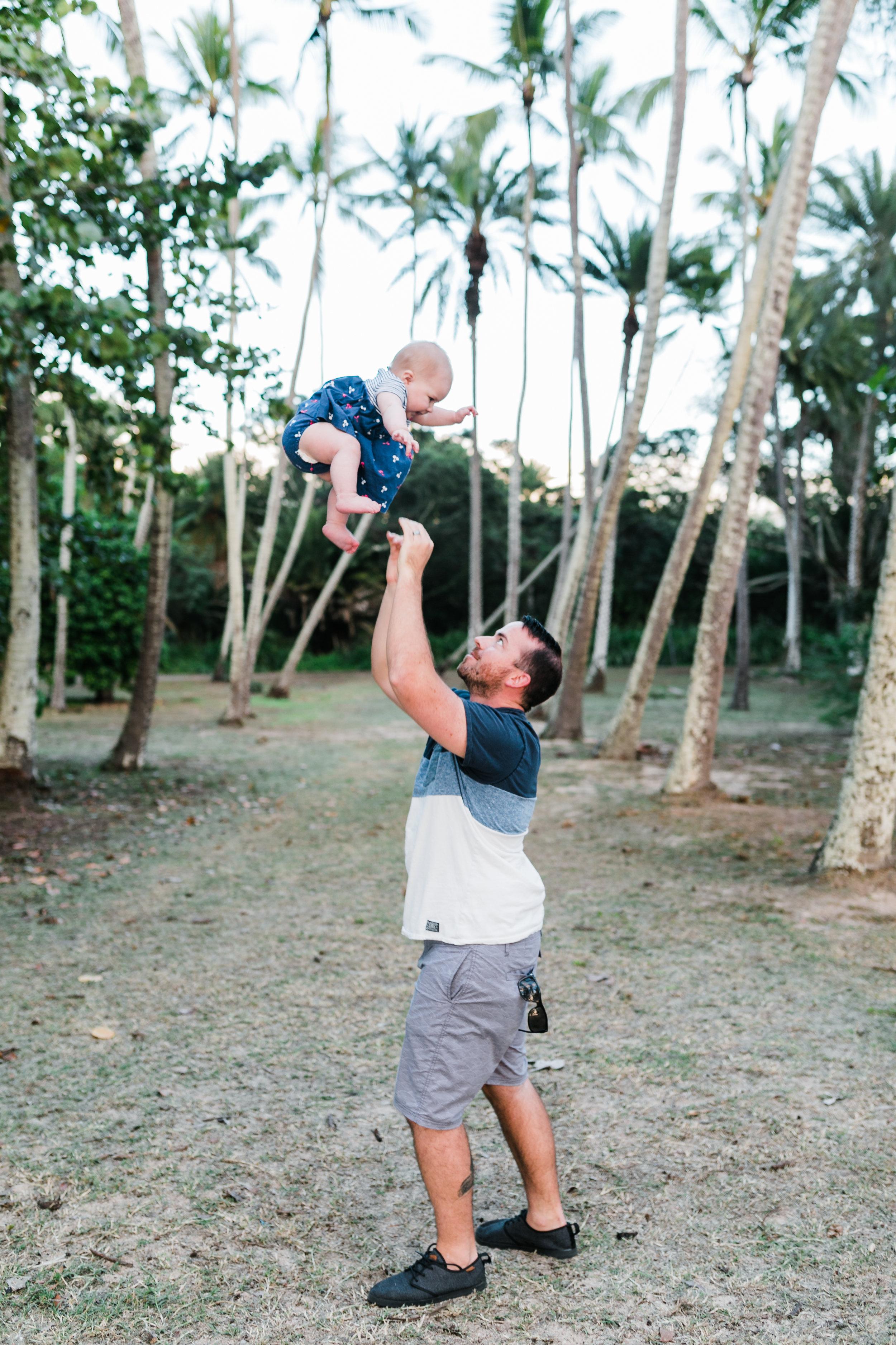 2018-12-02 Legue with Elle Family Photos Haleiwa-69.jpg