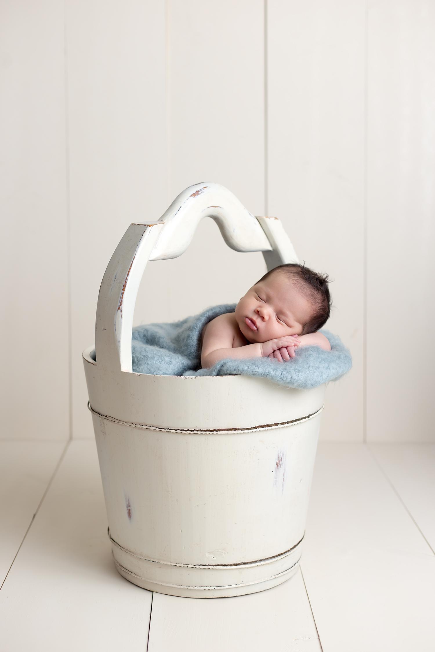 Mini Mae Photography Round Rock Texas Newborn Photographer