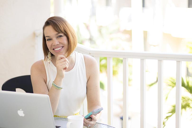 Shannon_FeatherBlueStudios_Ready_to_Soar_Female_Entrepreneurs_to_Follow_Online