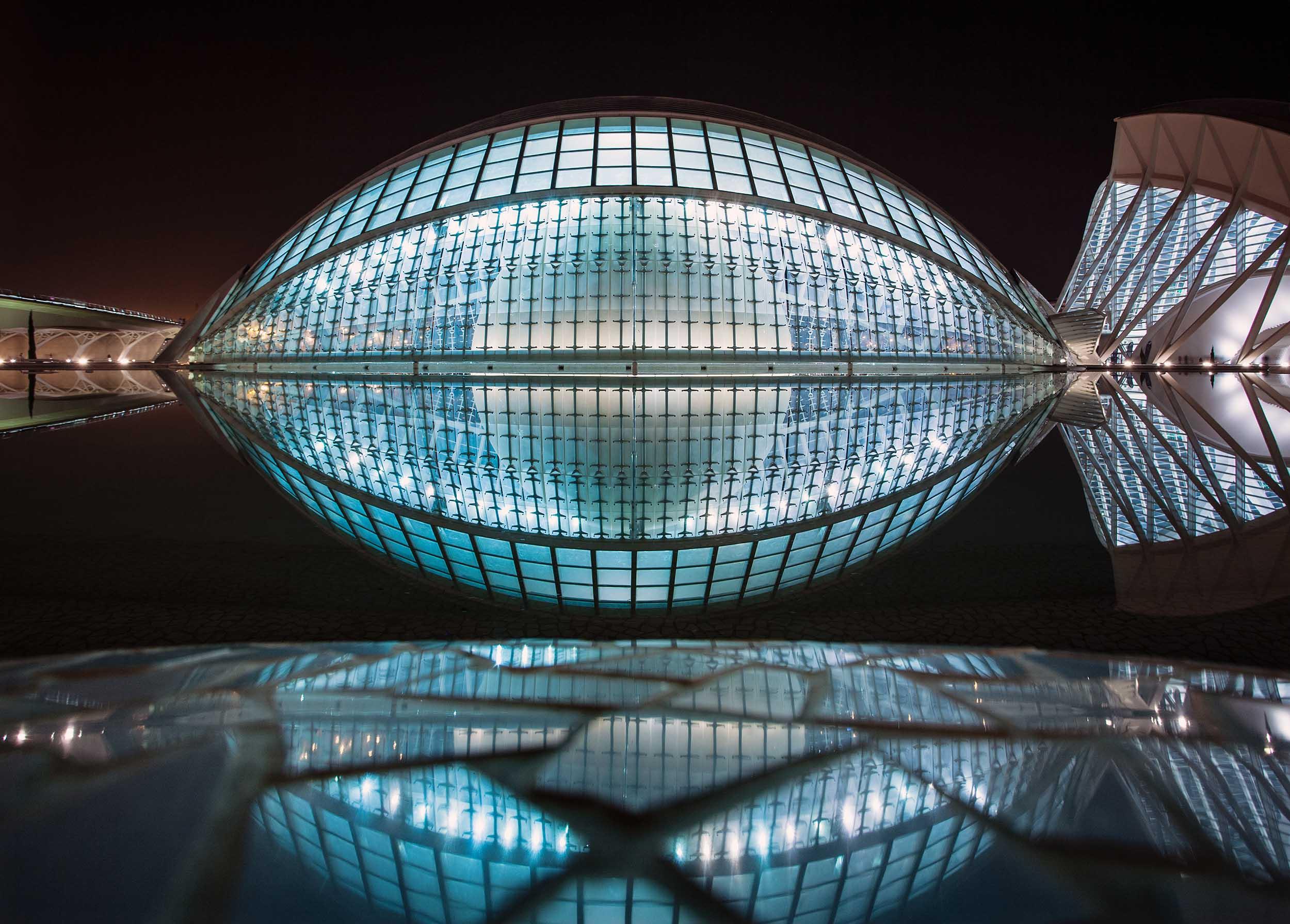 Calatrava_Citiy_of_Science_7292_2500_534K.jpg