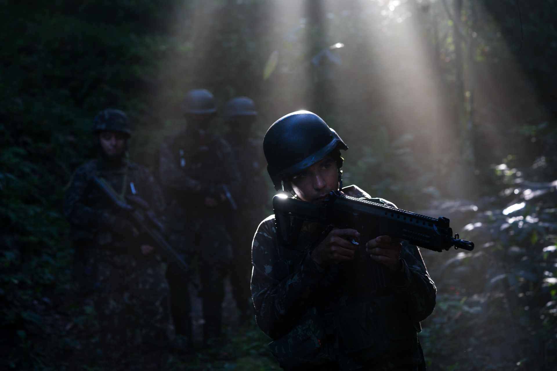 Soldiers patrol during an operation in Babilônia and Chapéu Mangueira Thursday, June 21st, 2018 in Rio de Janeiro, Brasil.