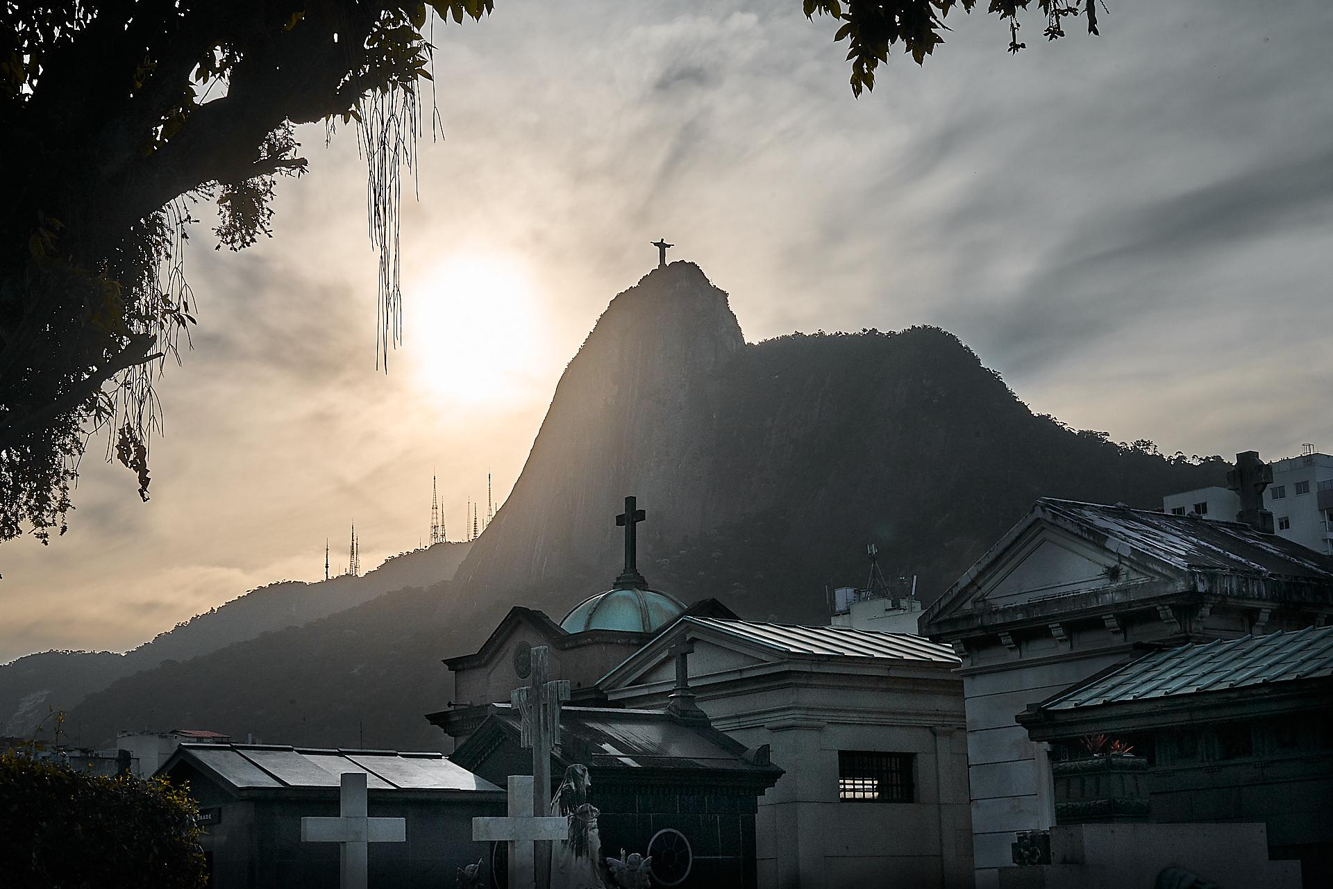 Cemetery in Rio de Janeiro (Photo: C.H. Gardiner)