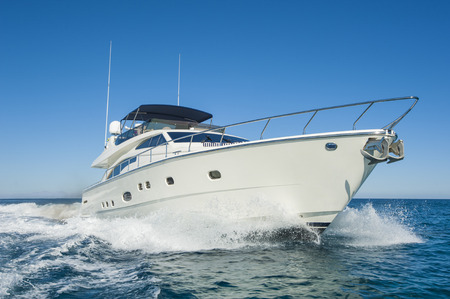 <p><strong>Sales</strong>Pre-Owned boat and Mercury Marine sales<a href=/used-boat-sales/>Learn More →</a></p>
