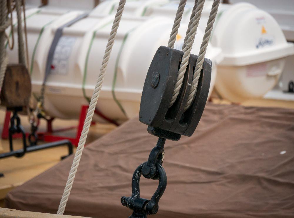 Sailboat pully.jpg