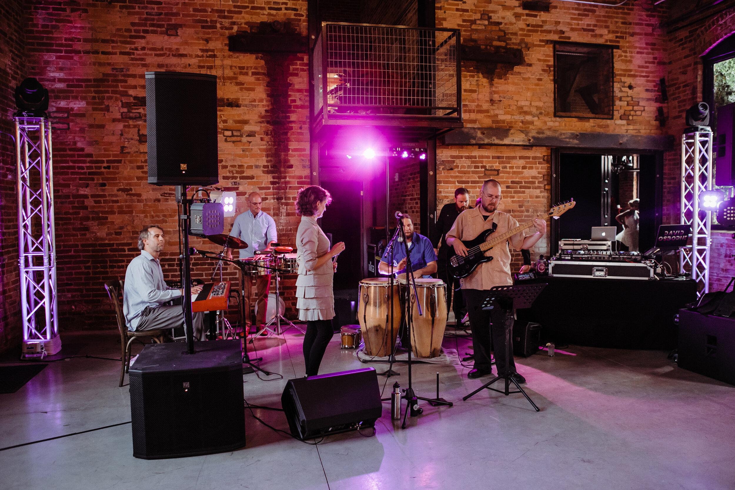 Nuevo Grogus Salsa Band  -  Kristin Benton Photography