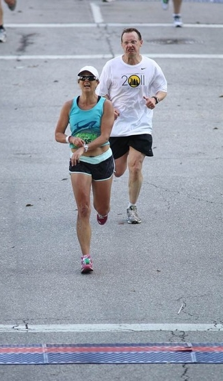 "Peter Fleming ""encouraging"" Amy across the line in Austin"