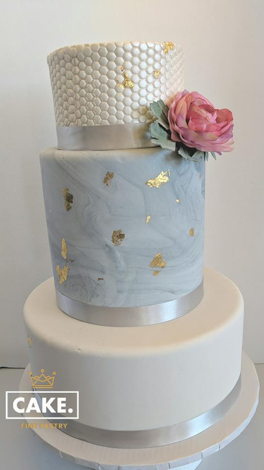 wedding cake gold splatter.jpg