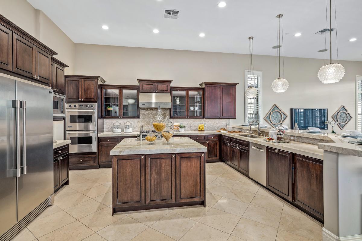 Kitchen Viewsa.jpg