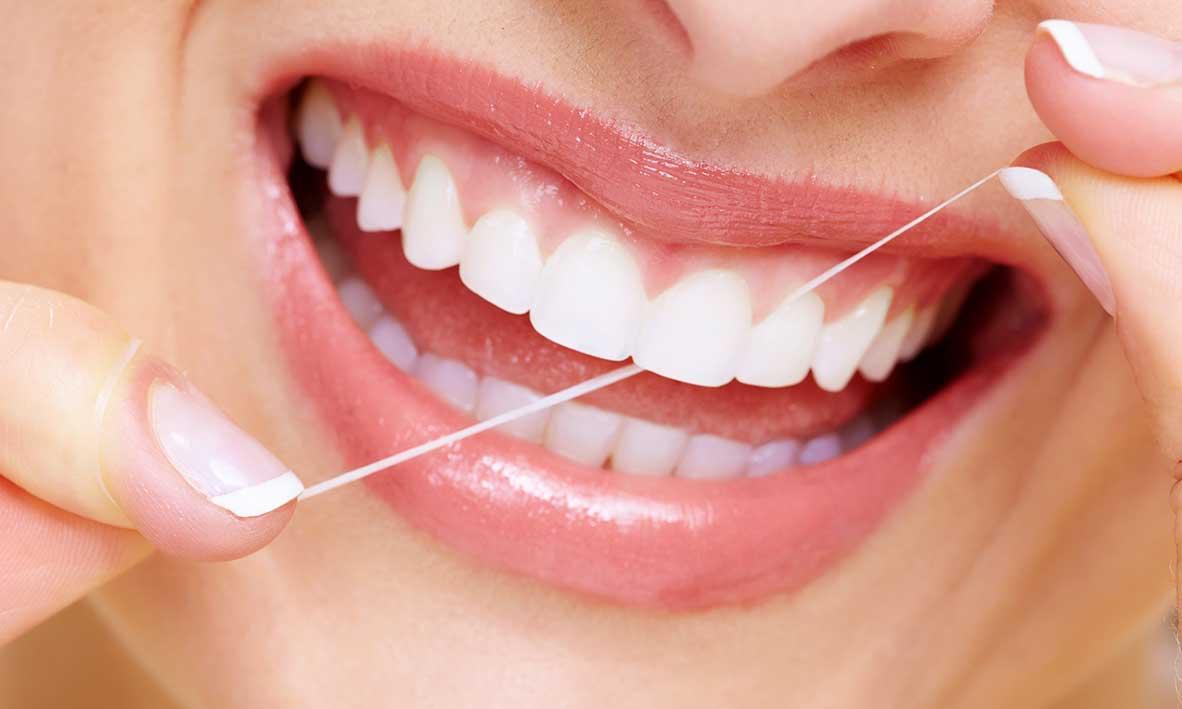 ©Emergency Dentist Sydney Flossing 101 02.jpg