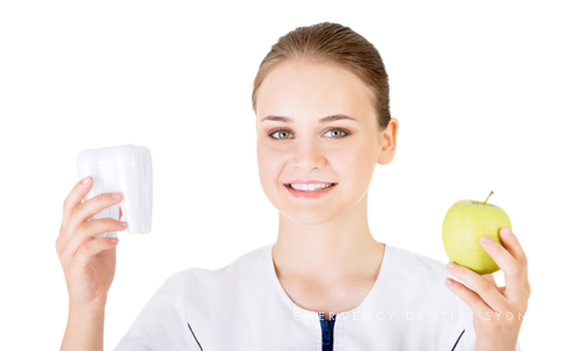 ©  Emergency Dentist Sydney The Dental Diet 02 tooth and apple.jpg
