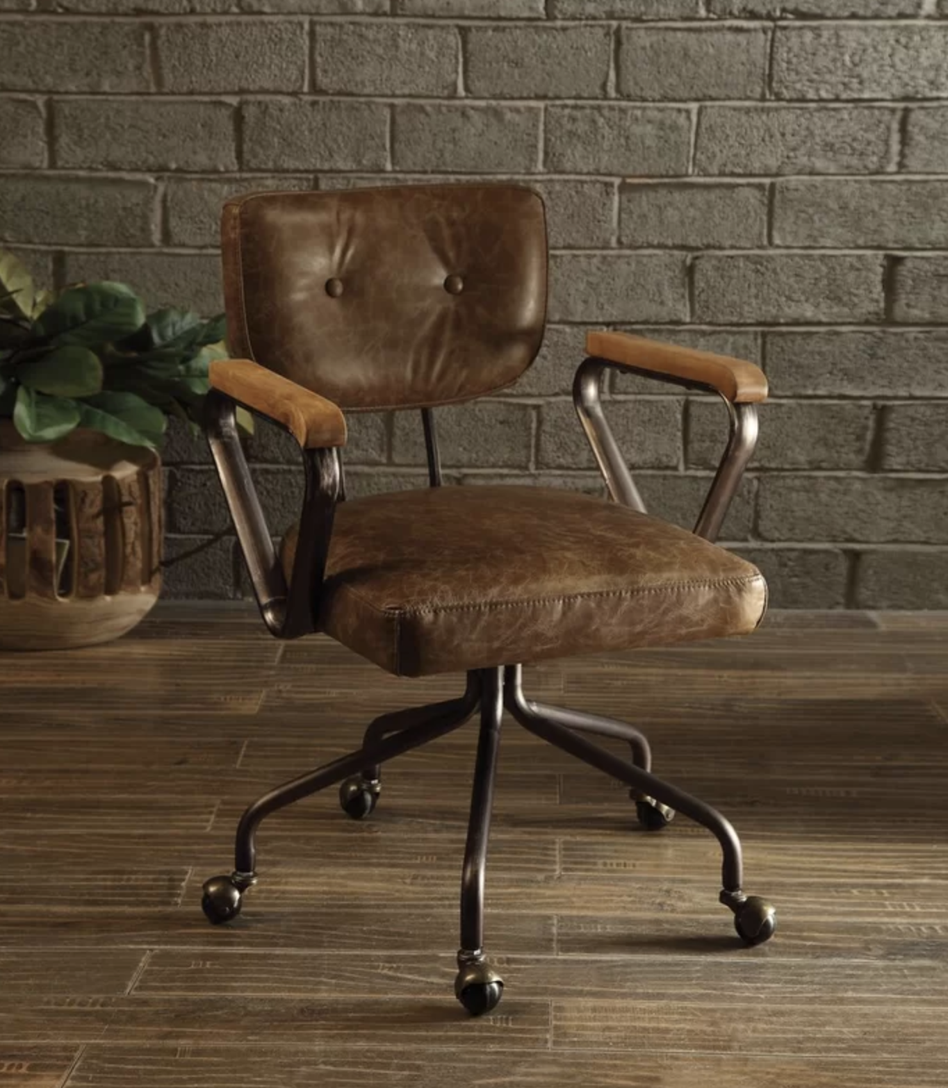 Cornelio Executive Office Chair Whiskey Brown Leather