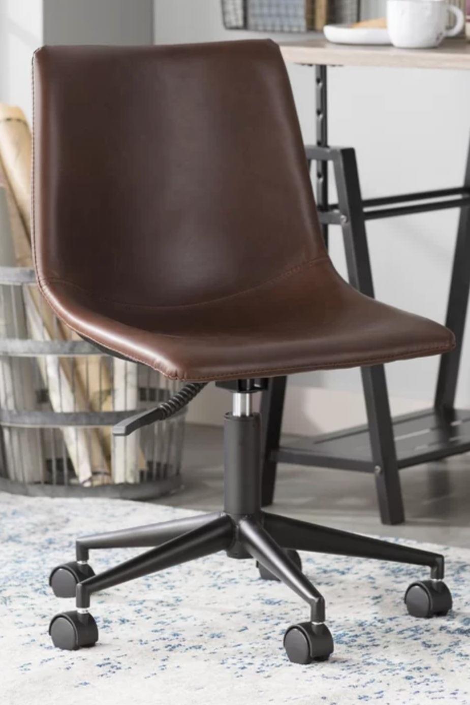 Patternson Smart Desk Chair Dark Brown Leather