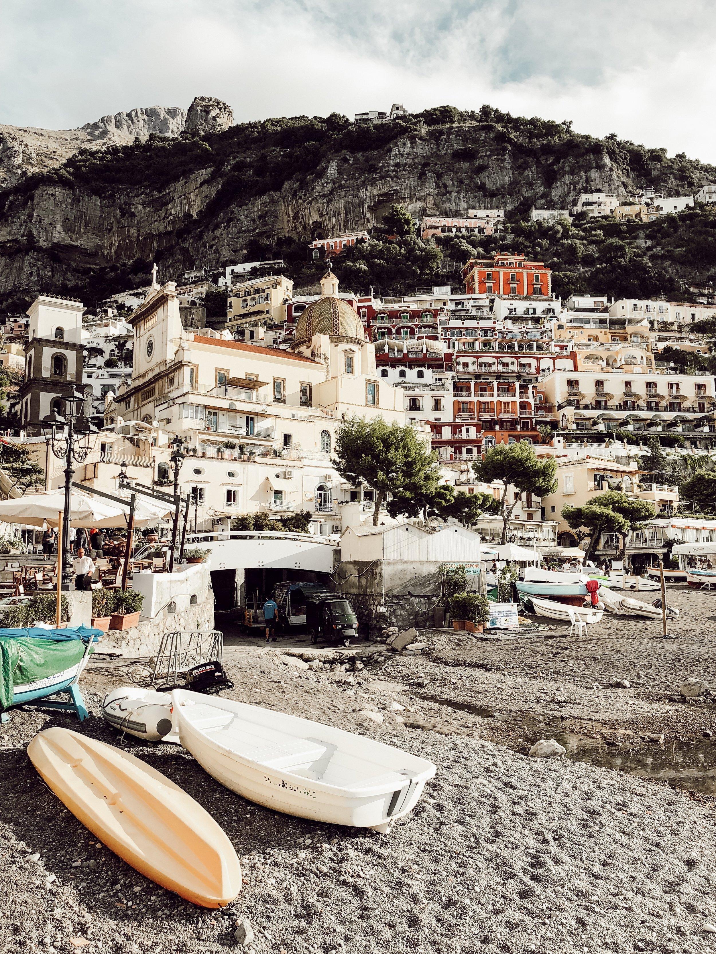 Beach in Positano Italy Amalfi Coast | Three Days on the Amalfi Coast, Amalfi Travel Guide, What to Do in Amalfi Italy | Miranda Schroeder Blog