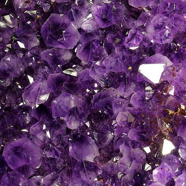 One of my favourite crystals: AMETHYST  Magical Uses: Dream, sleep, protection, healing, love, peace, courage, happiness Element: Water Energy: Receptive Tips: Keep next to you while you sleep to help with isomia, nightmares, and oversleeping. It gives of peaceful vibration, so wear it to reduce stress and calm fears. It also can be worn to protect to against addiction, guilt, overindulgence, and self-deception. Wearing it while traveling protects against harm and theft. Meditate with it to increase psychic awareness and sharpen intuition. Wear during divination or store with divination tools Xoxoxo Ink Brow Bar